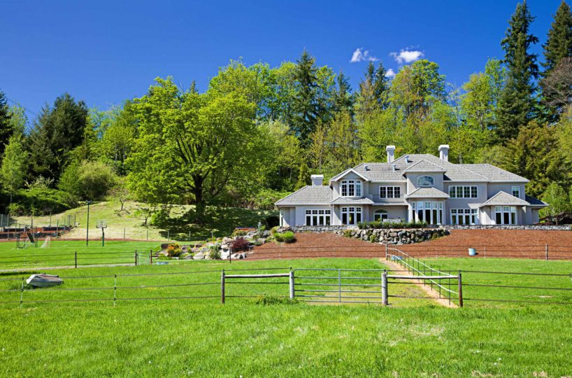 Country estate issaquah maria danieli windermere for Build your own home washington state