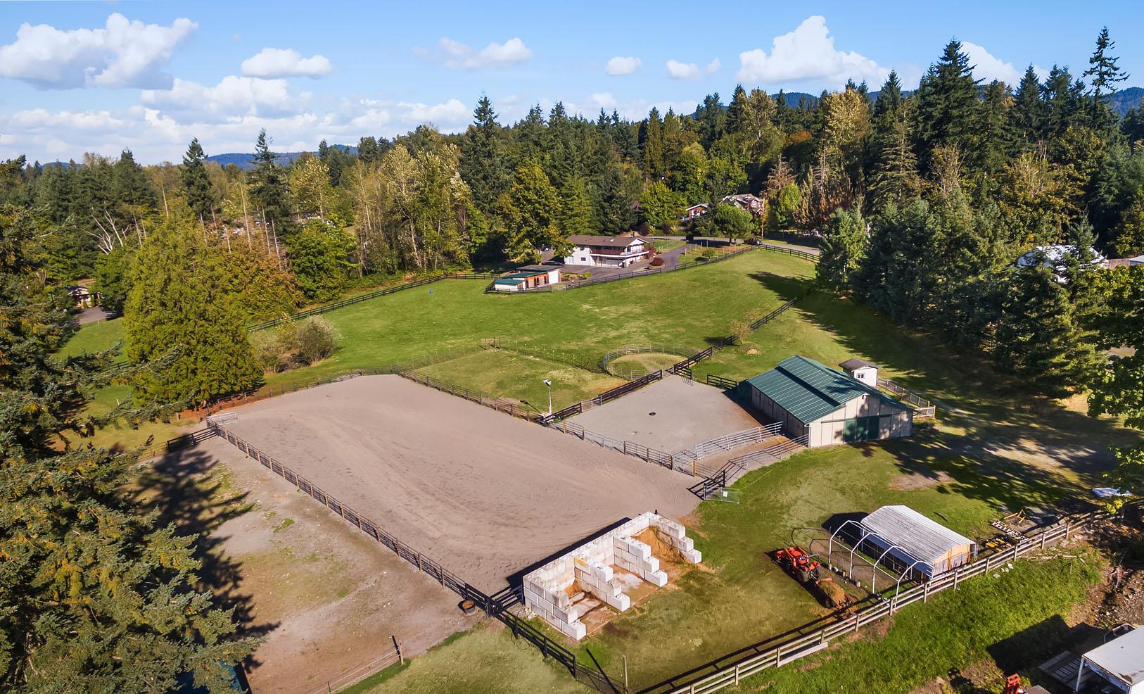 Maple Hills 8 Acre Equestrian Treasure Maria Danieli